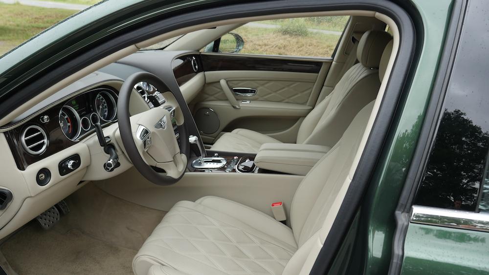 BentleyFlyingSpurW12_autogeufehl_007