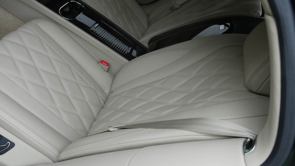 BentleyFlyingSpurW12_autogeufehl_013