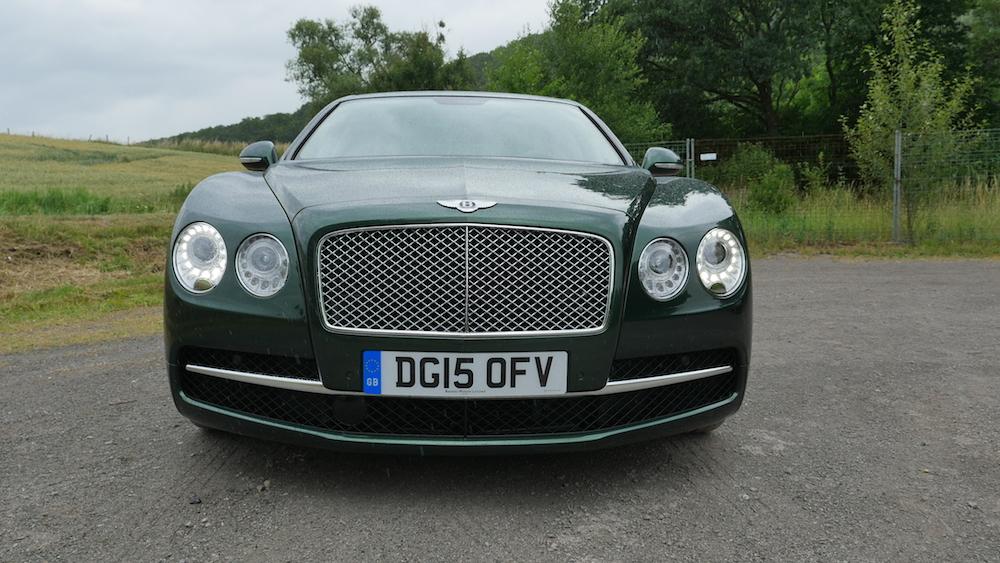 BentleyFlyingSpurW12_autogeufehl_015