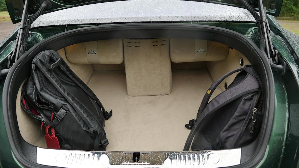 BentleyFlyingSpurW12_autogeufehl_016