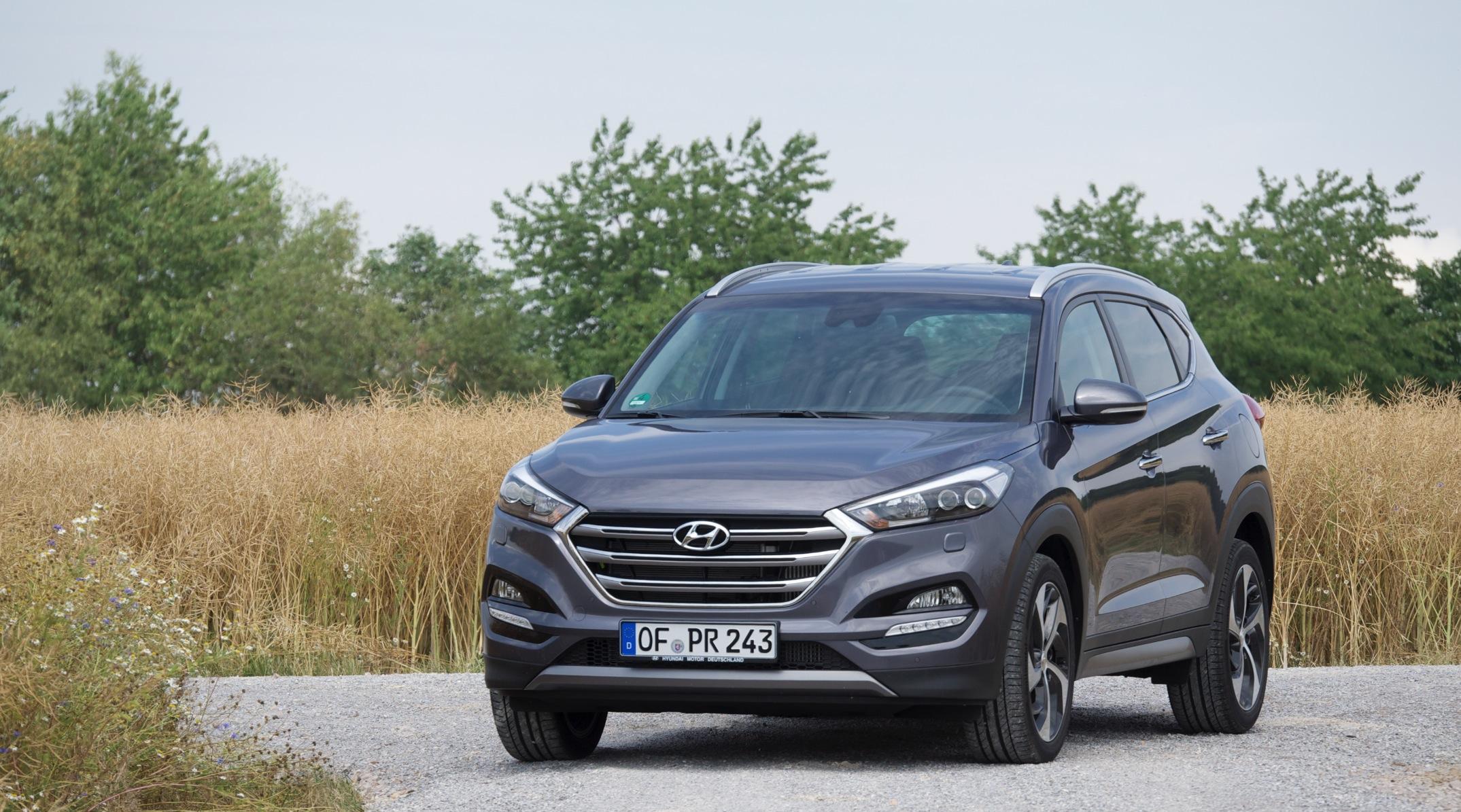 HyundaiTucson_2016_000