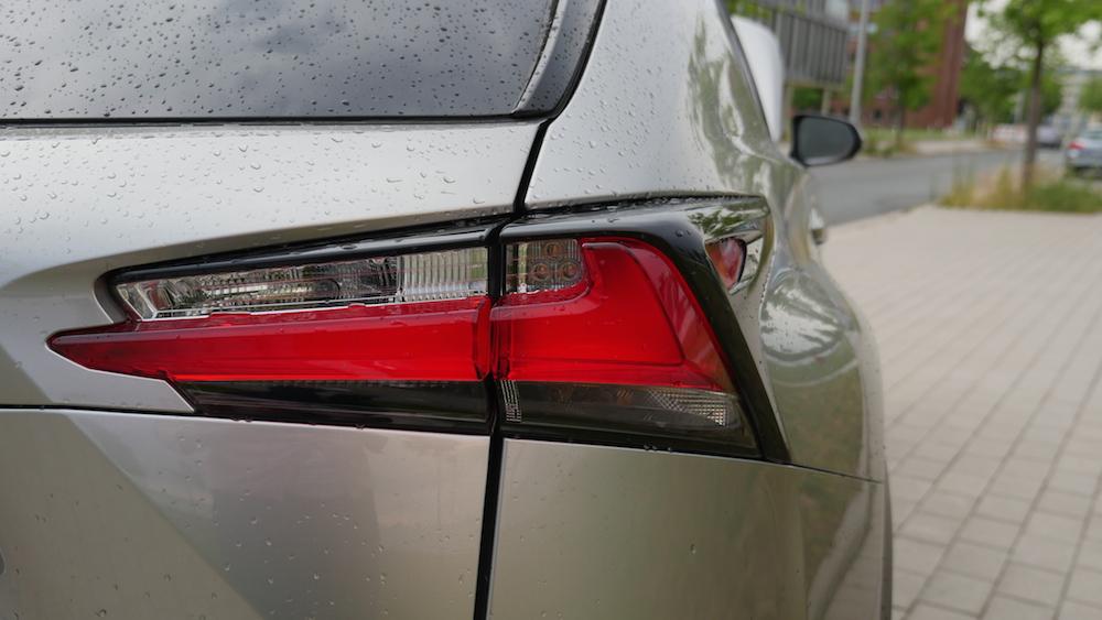 LexusNX_300h_autogefuehl005