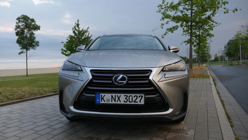 LexusNX_300h_autogefuehl008