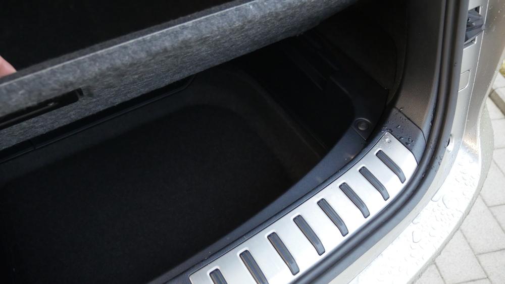 LexusNX_300h_autogefuehl012