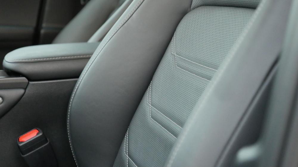 LexusNX_300h_autogefuehl015