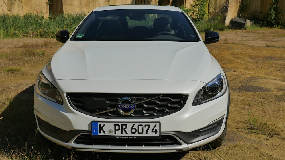 VolvoS60CrossCountry_autogefuehl000