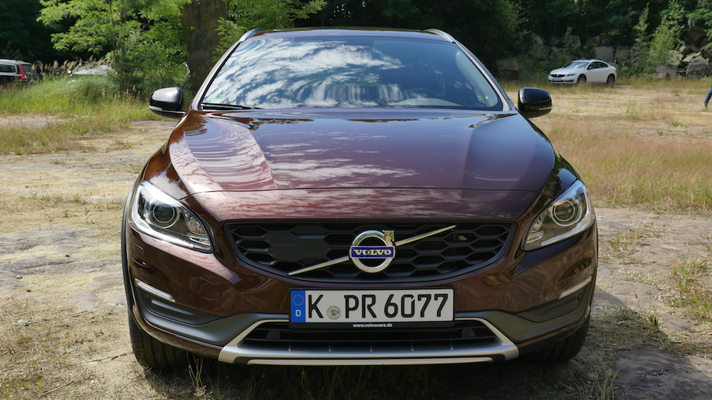 VolvoV60CrossCountry_autogefuehl000