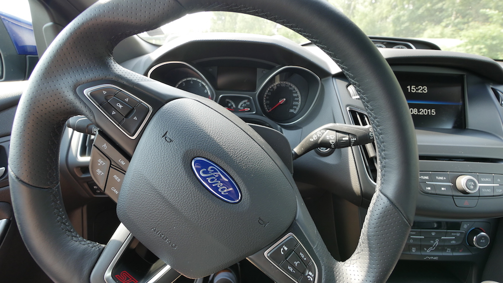 FordFocusST_autogefuehl001