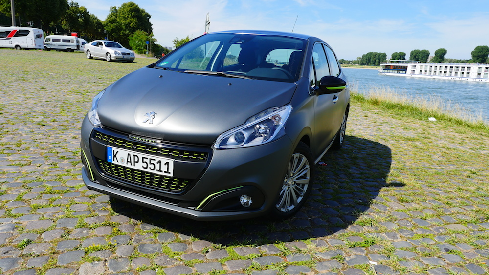 Peugeot208Facelift_autogefuehl000