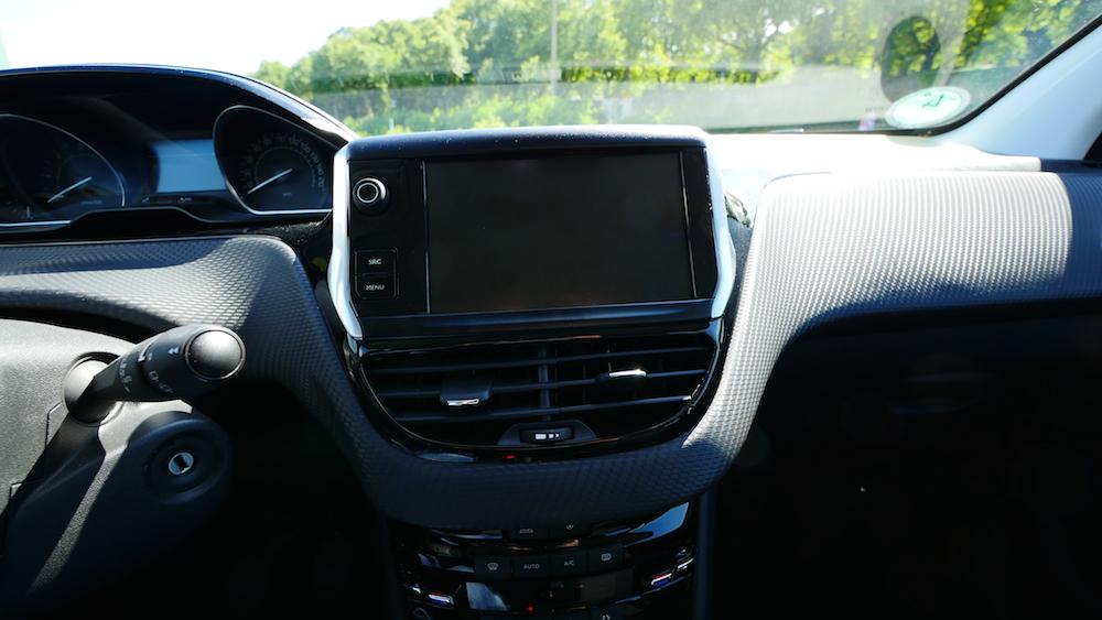 Peugeot208Facelift_autogefuehl011