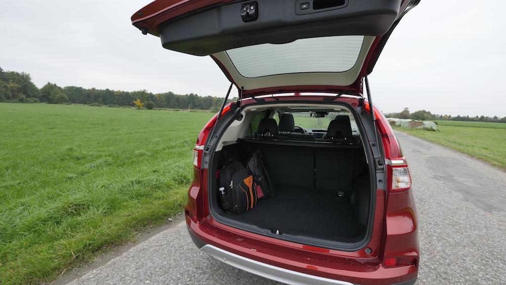 HondaCR-V_Facelift_2016_autogefuehl09