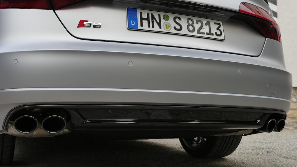 NeuerAudiS8Plus_605PS_020