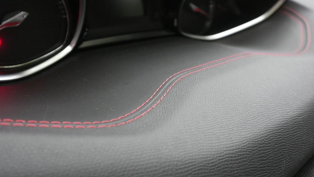 Peugeot308GTi_autogefuehl_002