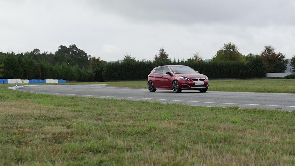 Peugeot308GTi_autogefuehl_021