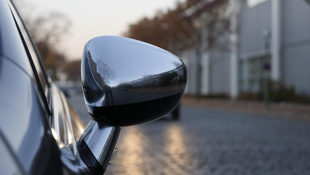 CitroenDS4_Hatchback002