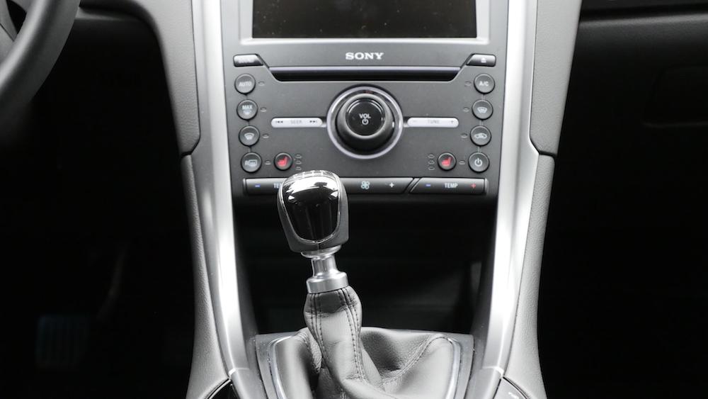 FordMondeoLimousine_AWD_Titanium_10