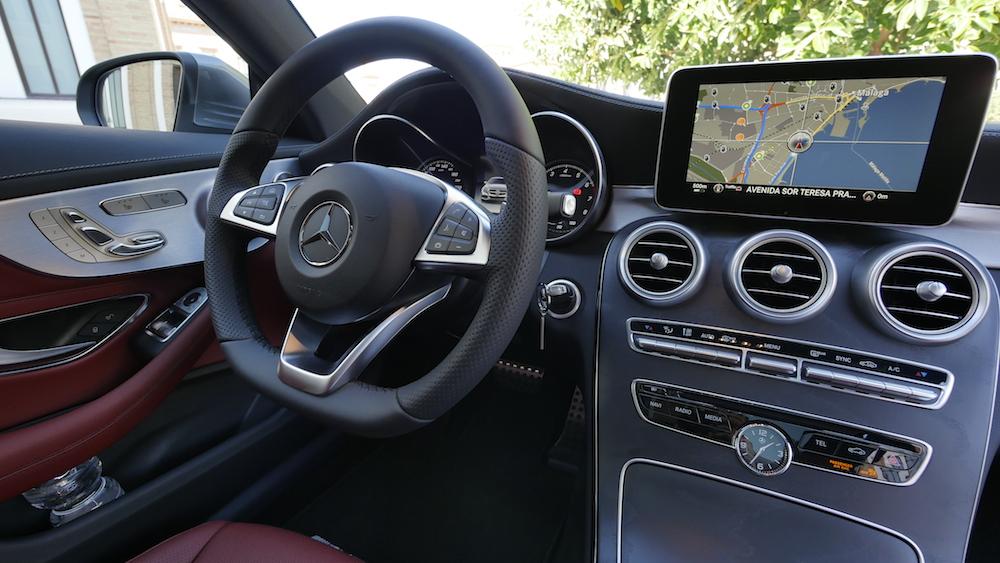 MercedesC-Klasse-CoupeC400_4MATIC012