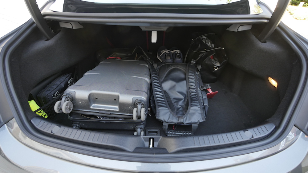 MercedesC-Klasse-CoupeC400_4MATIC014