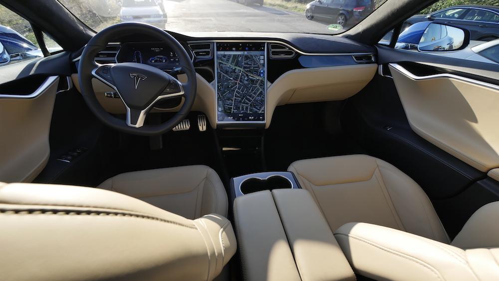 TeslaModelS_p90d_autogefuehl12