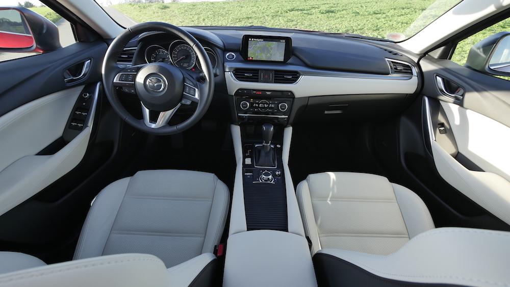 Mazda6_Limousine_Autogefuehl01