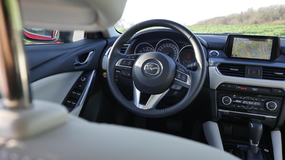 Mazda6_Limousine_Autogefuehl02