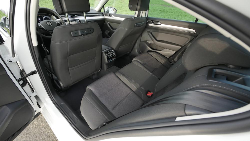 VWPassat_LimousineB8_autogeufehl03