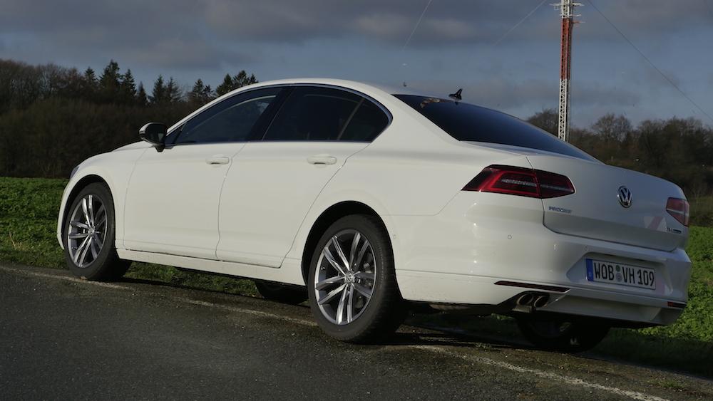 VWPassat_LimousineB8_autogeufehl15