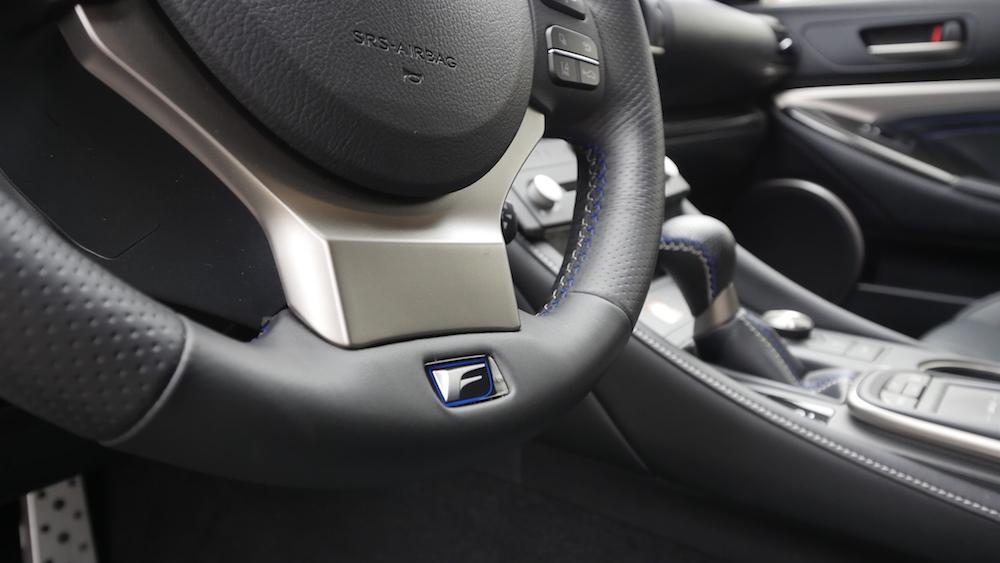 LexusRCF_autogefuehl03