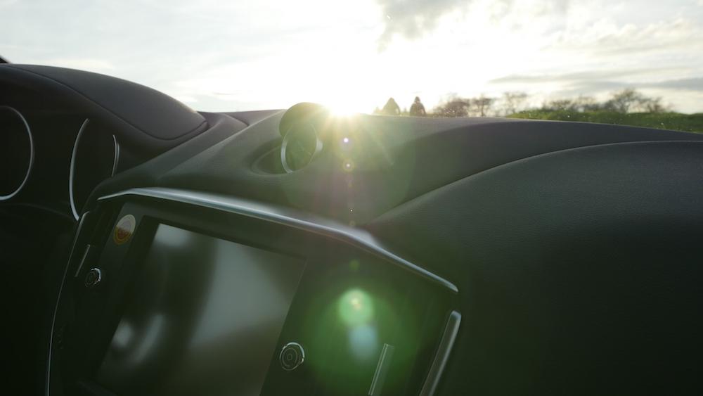 MaseratiGhibliSQ4_autogefuehl02