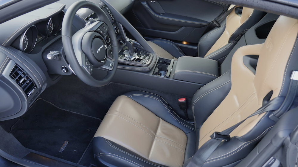 JaguarF-TYPE_R_AWD_Coupe004
