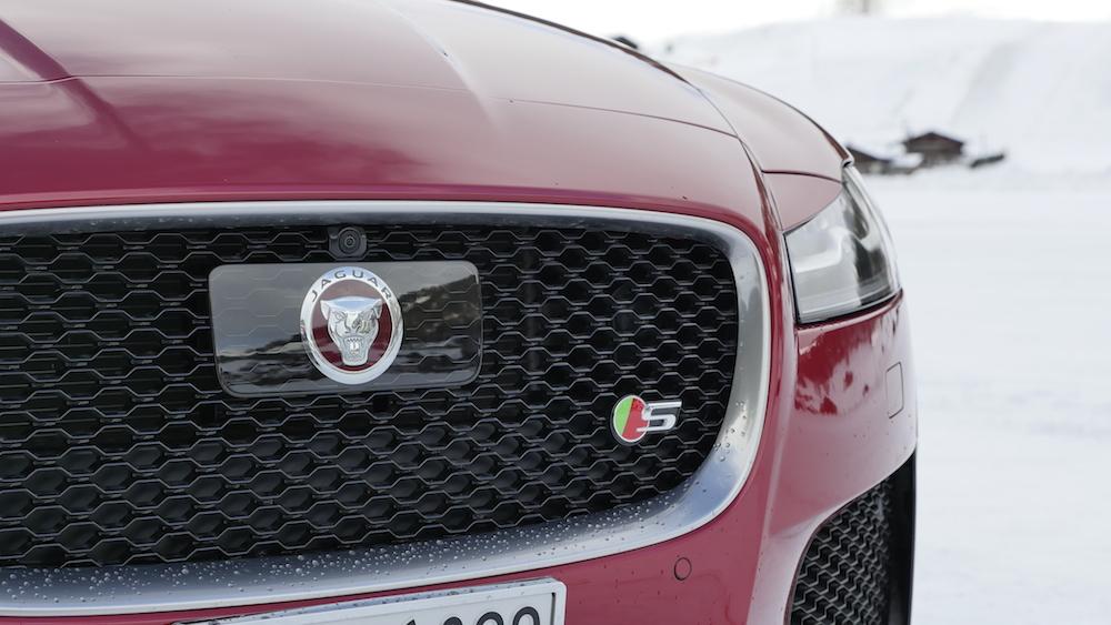 JaguarXF-S-AWD-V6_002