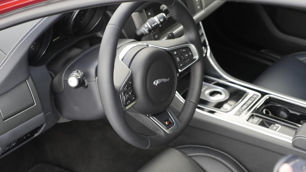 JaguarXF-S-AWD-V6_012