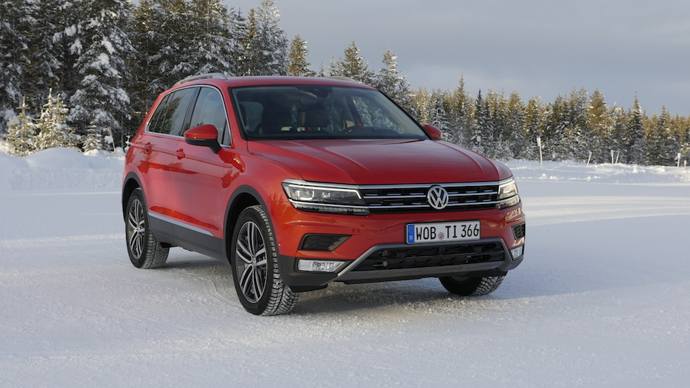 VW_VolkswagenTiguan_neu_HabaneroOrange_Highline_000