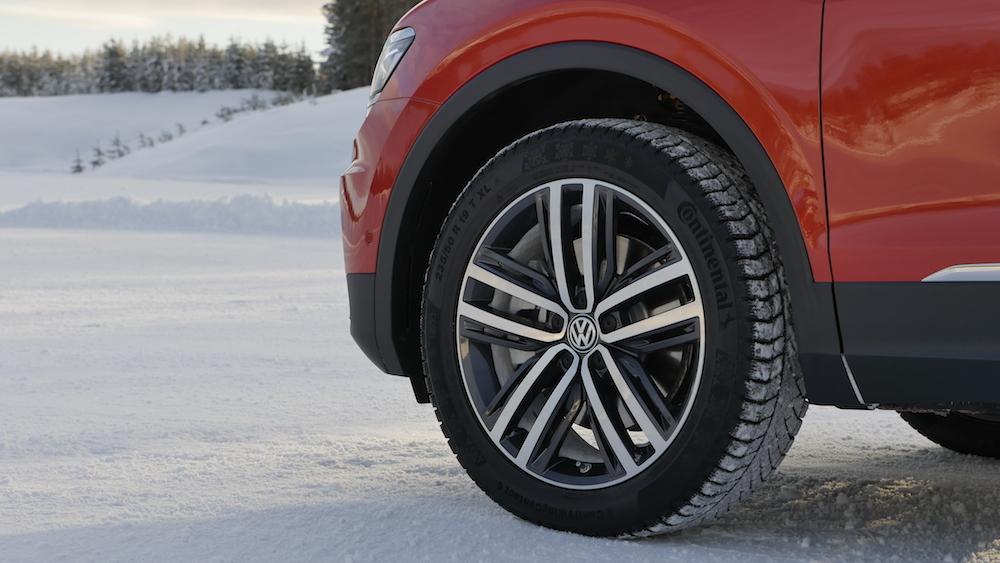VW_VolkswagenTiguan_neu_HabaneroOrange_Highline_003