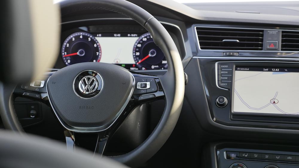 VW_VolkswagenTiguan_neu_HabaneroOrange_Highline_008