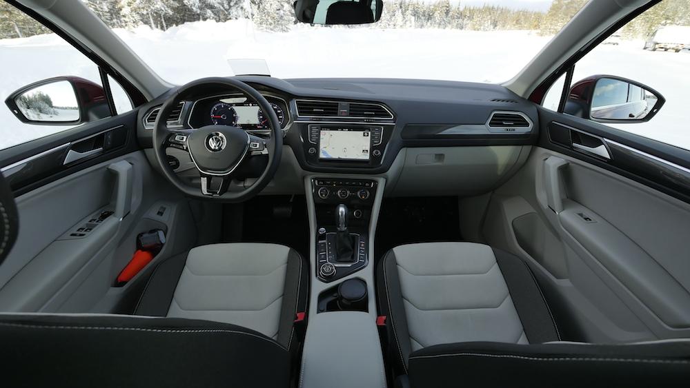 VW_VolkswagenTiguan_neu_RubyRed_Highline_000