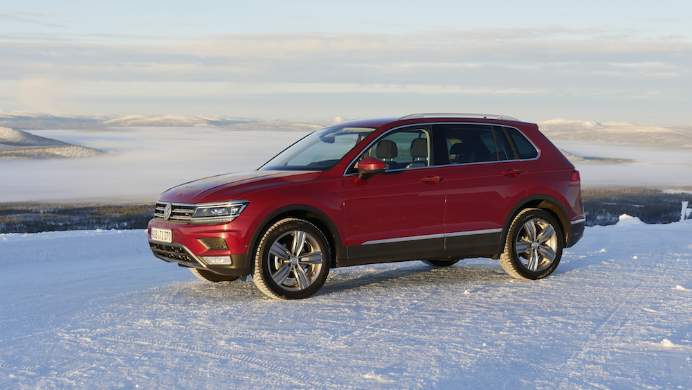 VW_VolkswagenTiguan_neu_RubyRed_Highline_007