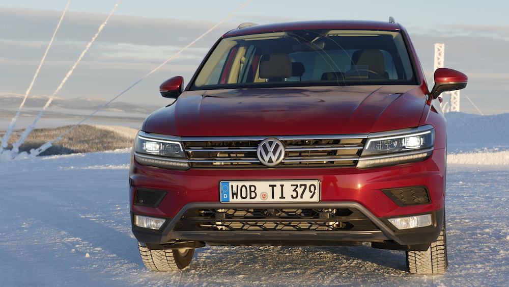 VW_VolkswagenTiguan_neu_RubyRed_Highline_008