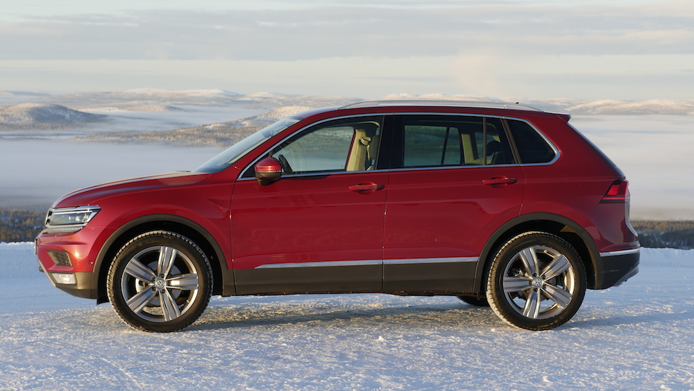 VW_VolkswagenTiguan_neu_RubyRed_Highline_011