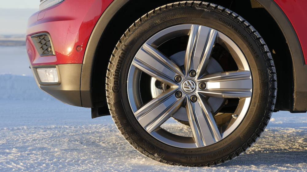VW_VolkswagenTiguan_neu_RubyRed_Highline_013