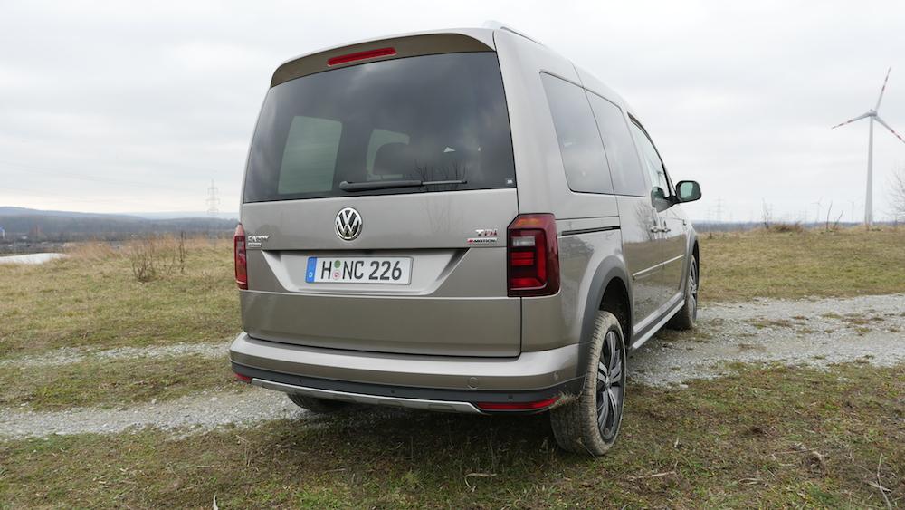 VW_Volkswagen_Caddy_Alltrack_014