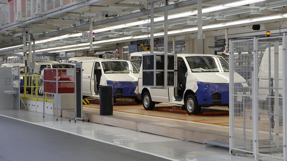VolkswagenT6_Transporter_assembly_werkHannover_02