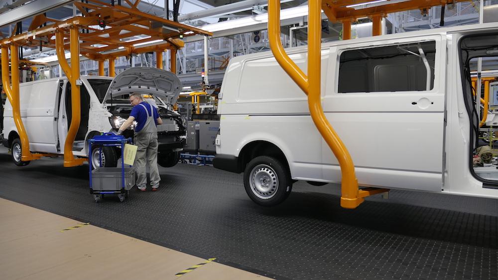 VolkswagenT6_Transporter_assembly_werkHannover_07