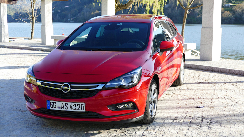 Opel Astra SportstourerP1170515