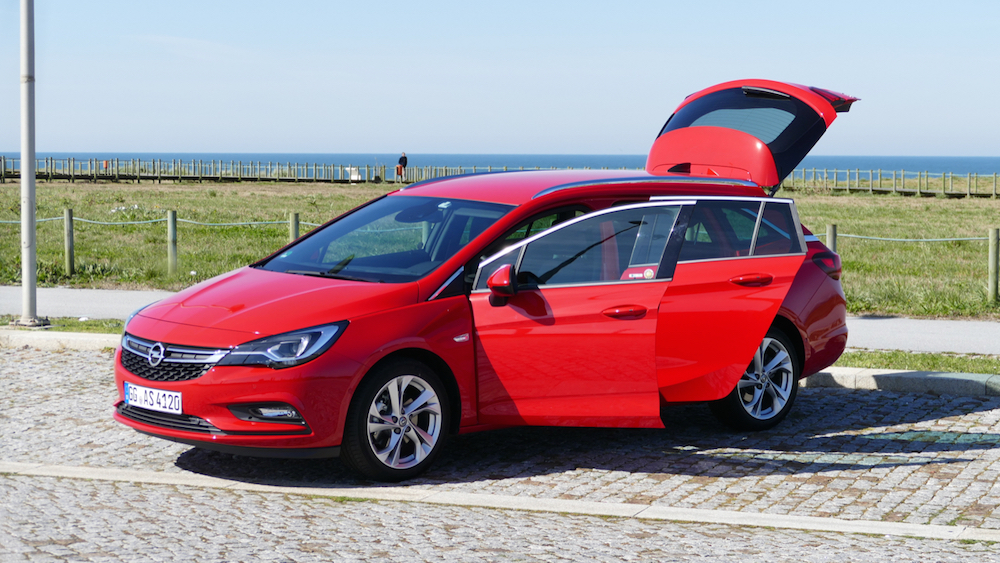 Opel Astra SportstourerP1170616