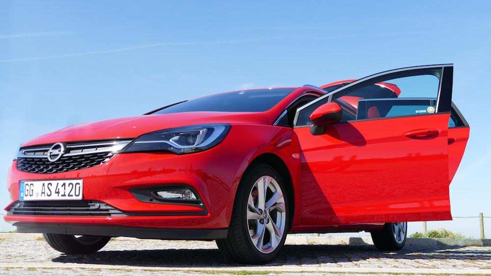 Opel Astra SportstourerP1170618