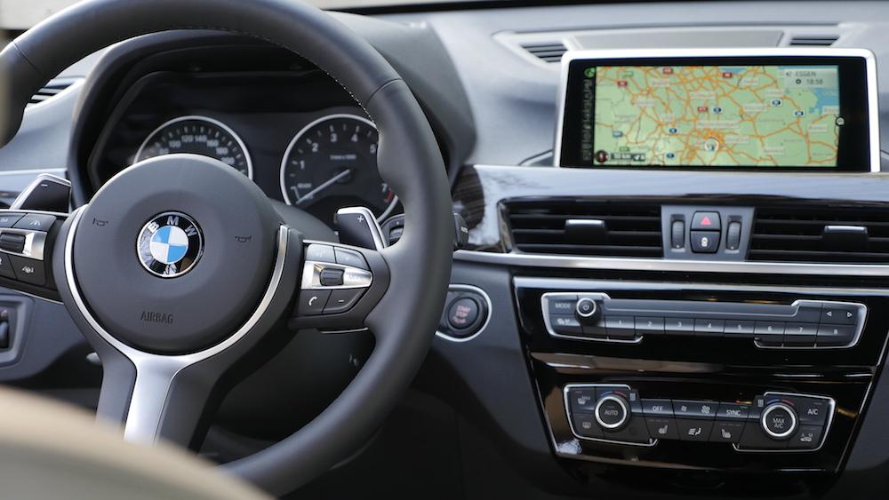Neuer BMW X1 xDrive25i Test Fahrbericht | Autogefühl