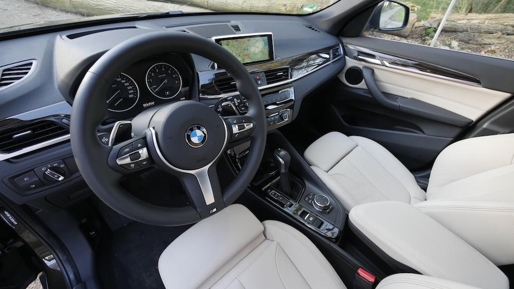 BMW_X1_SUV_neu_14