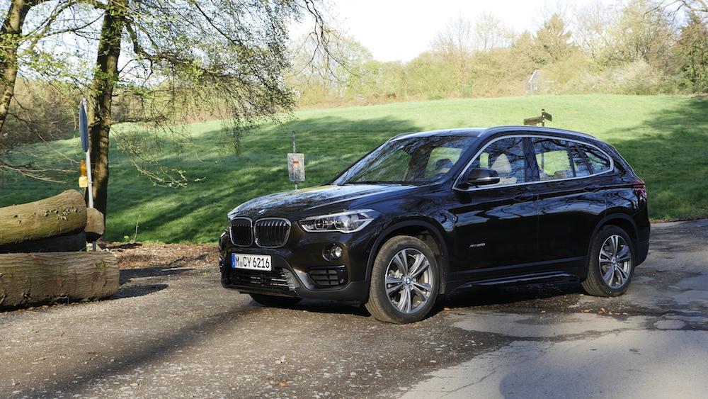 BMW_X1_SUV_neu_18
