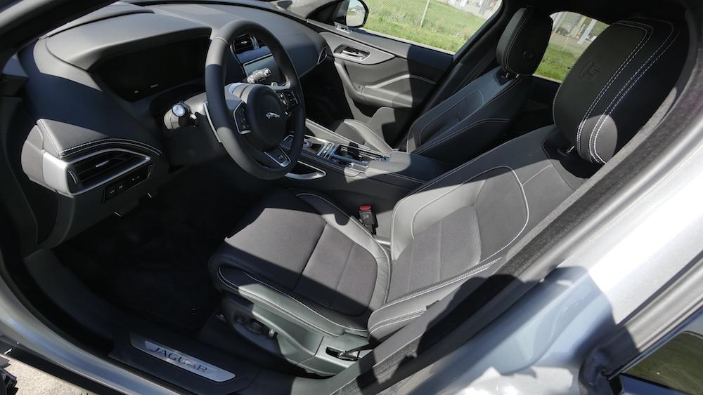 JaguarFPACE-S-V6-autogefuehl01